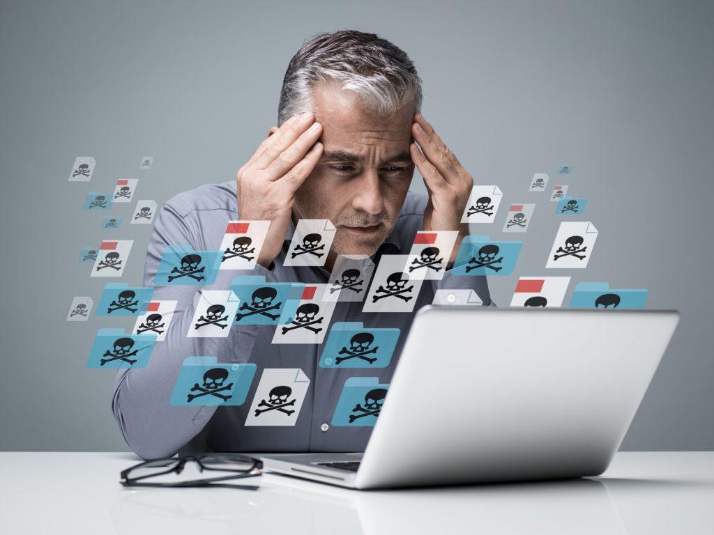 コンピューターウイルス感染による被害事例3例